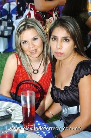 21082008 Nancy Elías y Julieta Lugo
