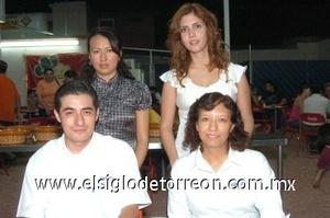 22082008 Gloria Viesca, Graciela Martínez, Óscar Cebrián y Julieta Morales.