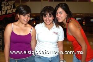 25082008 Ana Gaby, Corina y Paola.
