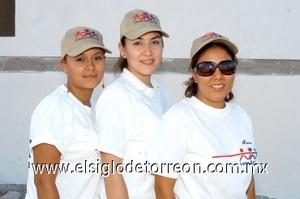 24082008 Angélica Acosta, Brenda Palacios y Sarahí Muñoz.