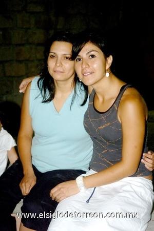 24082008 Aracely Salazar y Anabel Rodríguez.