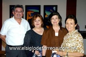 24082008 Fernando González, Patricia de González, Rosario Lamberta de González y Rosa María de Rico