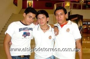 24082008 Jesús Nicolás Chávez, Mauro Medina y Christian de la Cruz.
