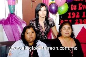 24082008 Julia López, Leticia Morales y Brenda Hernández.