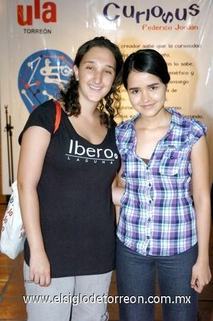 24082008 Mariane Fiszman y Angelina Hernández.