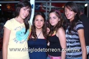 25082008 Cristy Aguilera, Melissa Garza, Julia de la Parra y Sofía González.