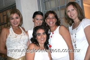 25082008 Mónica y Cynthia Nájera, Marcela Treviño, Helena Rodríguez y Belinda Castillo.