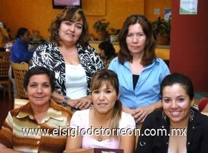 25082008 Rocío Jiménez, Claudia Ontiveros, Rosy Domínguez, Esthela Flores y Aditi Vargas.
