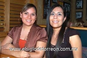 25082008 Sandra Alvarado y Claudia Luján.