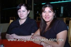 27082008 Ana García y Martha Mireles.
