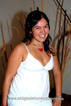 27082008 Buenos deseos por su cambio de residencia, recibió Diana Servín.