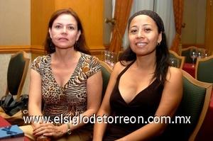 31082008 Gabriela Treviño y Lourdes Balderas.