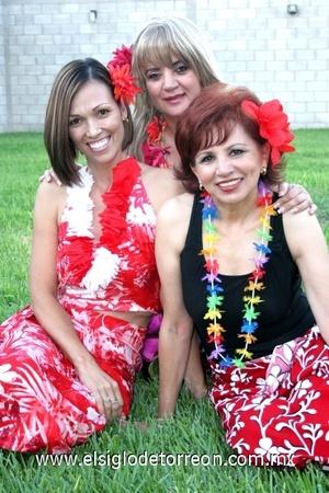 31082008 Flor Violeta García, Cristina Valdepeñas y Maryan de González