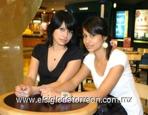 31082008 Fernanda y María Castañeda.