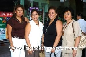 31082008 Diana Rivera de Córdova, Rocío Rivera, Silvia Rivera de Pacini, y María Teresa Aguirre Rivera.