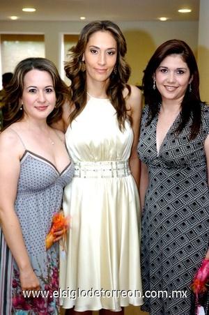 31082008 Cecilia Yáñez, Cecilia Beñtrán y Nadia Casas