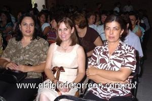 31082008 Ana Lucía Chávez, Lalis Forre y Lupita Muñoz