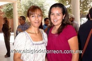 31082008 Yolanda Venegas y Bety Orozco.