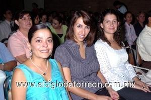 31082008 Píldora García, Claudia Aguilera y Karla Von Bertrab.