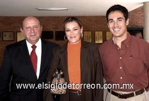31082008 P. Alejandro Treviño, Martha Correa y Carlos Gregorio Ramírez.
