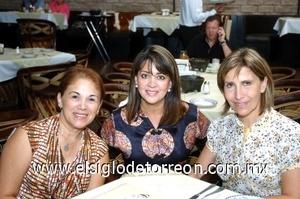 31082008 María Luisa de Olivares, Caty Bejarano y María Ofelia de Torres.
