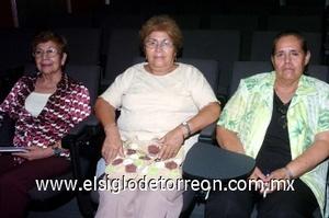 31082008 María del Refugio Zárate, Jovita Valdez y María de Jesús Montellano.