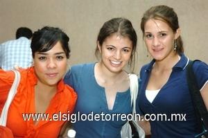 31082008 Marlén Segura, Ana Lucía Valenzuela y Raquel de la Parra.