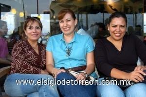 31082008 Laura Rojo, Adriana Martínez y Georgina Chávez.