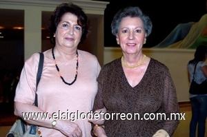 31082008 Laura Morales y María Matilde Valdés.