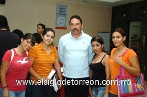 31082008 Karla Chapa, Alexandra Rico, CarlosGuerrero, Diana Mascorro y Yudiria Segura.