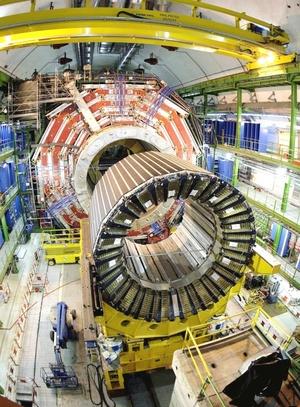 CERN había empezado a disparar los protones, una partícula subatómica, por etapas una hora antes.