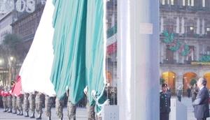 El presidente, Felipe Calderón, encabezó la ceremonia con la que se rememoran los sismos del 19 de septiembre ocurridos hace 23 años, con un acto en la Plaza de la Constitución.