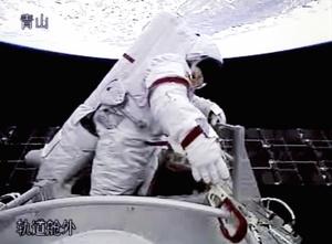 El punto fuerte del viaje fue el primer paseo espacial de la historia tecnológica china.