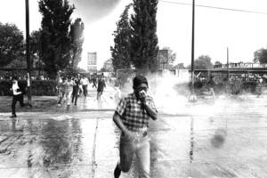 La masacre estuvo precedida por meses de intranquilidad política en la capital mexicana, con manifestaciones y protestas estudiantiles para apoyar los eventos que sucedían en el mundo en 1968.