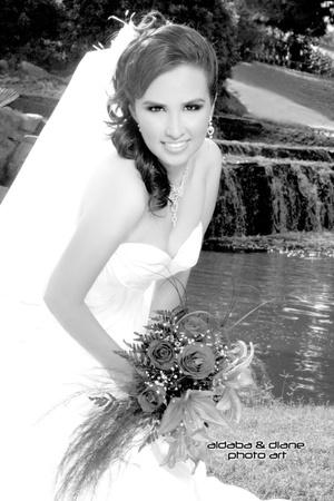 L.C.I. Jaqueline Quintero Escobedo el día que contrajo matrimonio con el Lic. Francisco Javier Lazarín Meraz.  <p> <i>Aldaba & Diane Fotografía</i>