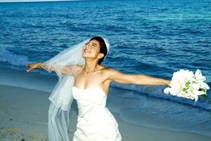 Lic. Ilse Aguilera el día que unió su vida en sagrado matrimonio a la del Sr. Giuseppe Scarlato.