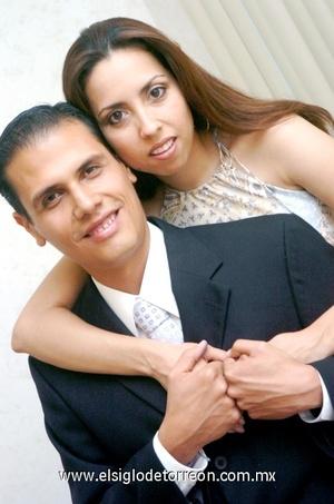 04102008 Humberto Gurrola Favela y Mildred Hernández Kercoff unirán sus vidas en Sagrado Matrimonio