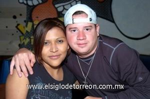 04102008 Vanesa Sierra y Fernando Esquivel