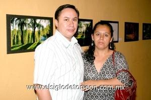 05102008 David Cabrera y Claudia Méndez.