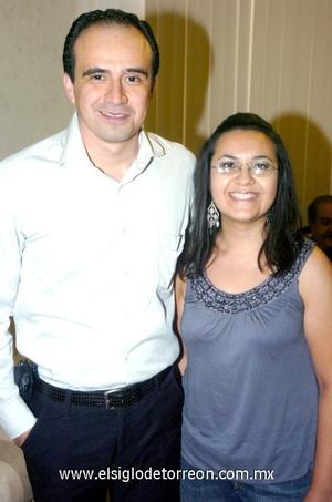 05102008 Manuel Álvarez Tostado y Cristina Ávila.