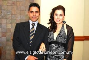 07102008 Ramón y Marú Corona.