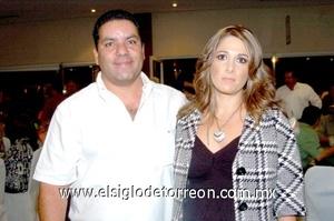 09102008 Ernesto Rodríguez y Sofía Cueto