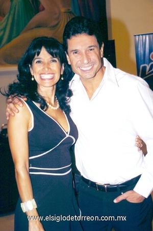 12102008 Laura de Hernández y Carlos Hernández