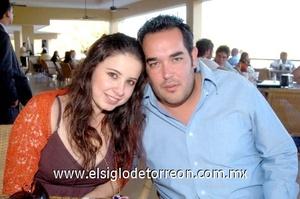 12102008 Valeria Boehringer y Luis Dibildox