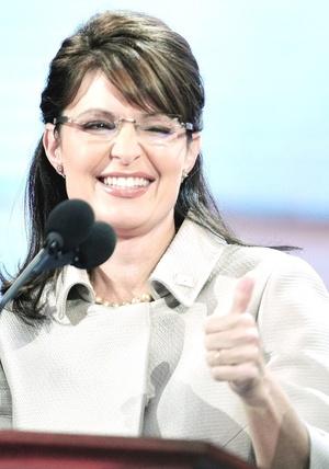 También se gasto en ropa para sus hijos y marido de Palin.