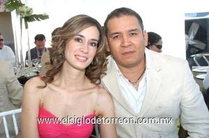 12102008 Fabiola de Villegas y Manuel Villegas.