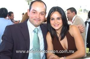 12102008 Francisco Segura y Paola Covarrubias