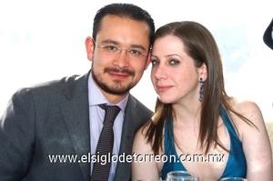 12102008 Mario Cisneros y Pilar Barojas.