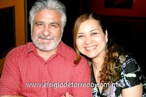 12102008 Ramiro García y Silvia Flores de García.