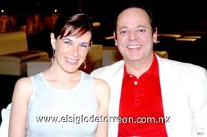 15102008 Verónica Rentería y Mauricio  Casas